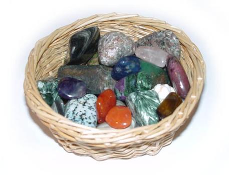 kamene-v-kosiku.jpg
